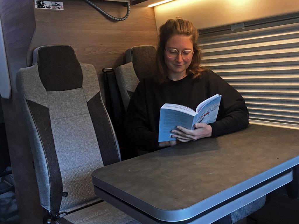 Camping und Vanlife Bücher für unterwegs